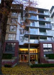 The l Luxury Unfurnished 2 Bedroom Apartment For Rent in Kitsilano, Westside Vancouver. 606 - 2137 West 10th Avenue, Vancouver, BC, Canada.