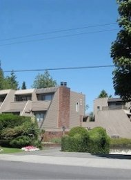 Kerrisdale 2 Bed Unfurnished Townhouse For Rent on Vancouver's Westside. 211 - 2893 West 41st Avenue, Vancouver, BC.