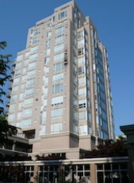 Cambridge Gardens 3 Bedroom Unfurnished Penthouse For Rent in Fairview. 1902 - 2668 Ash Street, Vancouver, BC, Canada.
