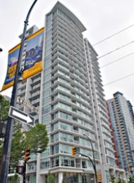 Cosmo City View 1 Bedroom & Den Unfurnished Apartment Rental in Downtown Vancouver. 1907 - 161 West Georgia Street, Vancouver, BC, Canada.