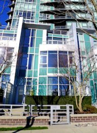 Waterford 3 Bedroom Luxury Townhouse Rental in Yaletown Vancouver. TH 1487 Homer Street, Vancouver, BC, Canada.