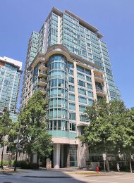 9th Floor Marina View Luxury 2 Bedroom Apartment Rental at Denia in Coal Harbour, Vancouver. 905 - 499 Broughton Street, Vancouver, BC, Canada.