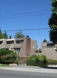 Unfurnished 3 Bedroom Townhouse For Rent in Kerrisdale. 209 - 2893 West 41st Avenue, Vancouver, BC, Canada.