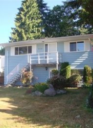 Unfurnished 4 Bedroom House For Rent in Delbrook North Vancouver. 568 West 28th Street, North Vancouver, BC, Canada.