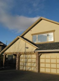 Unfurnished 5 Bedroom House For Rent in Quilchena Richmond. 7255 Frobisher Drive, Richmond, BC, Canada.
