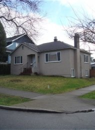 2 Bedroom Unfurnished House For Rent in Kitsilano on Vancouver's Westside. 2196 West 15th Avenue, Vancouver, BC, Canada.