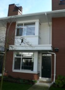 Oakwood 2 Bedroom Townhouse For Rent in Metrotown Burnaby. 28 - 6539 Elgin Avenue, Burnaby, BC, Canada.