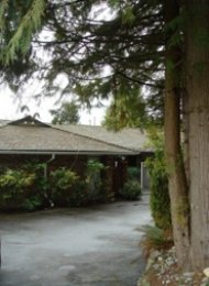 Unfurnished 4 Bedroom House For Rent in Glenmore West Vancouver. 91 Bonnymuir Drive, West Vancouver, BC, Canada.