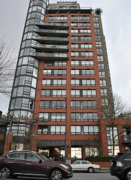 Meticulously Maintained 2 Bedroom Apartment For Rent at Concordia in Yaletown. 3D - 199 Drake Street, Vancouver, BC, Canada.