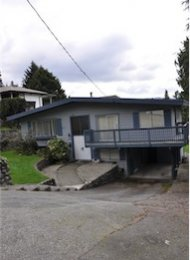 Unfurnished 3 Bedroom House For Rent in Deep Cove North Vancouver. 4657 Cove Cliff Road, North Vancouver, BC, Canada.