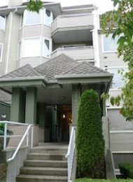 Winchelsea 2 Bedroom Unfurnished Apartment For Rent in Central Burnaby. 405 - 3183 Esmond Avenue, Burnaby, BC, Canada.