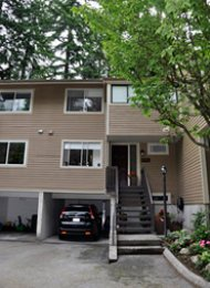Yorkwood Hills 3 Bedroom Townhouse For Rent in Lynn Valley, North Van. 4715 Hoskins Road, North Vancouver, BC, Canada.
