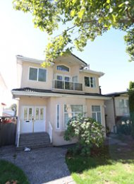 6 Bedroom Unfurnished House For Rent in South Vancouver. 626 East 59th Avenue, Vancouver, BC, Canada.
