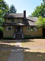 5 Bedroom Unfurnished House For Rent in Dunbar in Westside Vancouver. 3876 West 36th Avenue, Vancouver, BC, Canada.