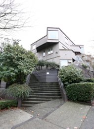 1 Bedroom Unfurnished Townhouse For Rent in Fairview at Laurel Court. 46 - 870 West 7th Avenue, Vancouver, BC, Canada.