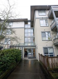 Connaught 1 Bedroom Furnished Apartment For Rent in East Vancouver. 107 - 4990 McGeer Street, Vancouver, BC, Canada.