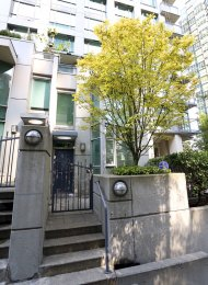 Furnished Luxury 2 Bed Townhouse For Rent at The Classico in Coal Harbour. 601 Jervis Street, Vancouver, BC, Canada.