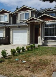 Metrotown Unfurnished 5 Bedroom Duplex For Rent in Burnaby. 6621 Nolan Street, Burnaby, BC, Canada.