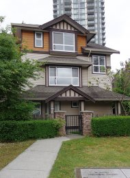 Woodland Place Unfurnished 3 Bedroom Townhouse Rental in Port Coquitlam. 14 - 3685 Woodland Drive, Port Coquitlam, BC, Canada.