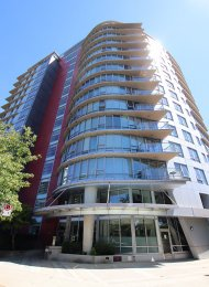 Unfurnished 2 Bedroom Apartment For Rent at Coopers Pointe in Yaletown. 502 - 980 Cooperage Way, Vancouver, BC, Canada.