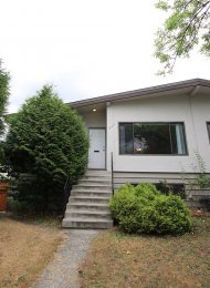 Unfurnished 6 Bedroom Half Duplex Rental in Sperling-Duthie Burnaby. 530 Grove Avenue, Burnaby, BC, Canada.