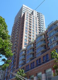 1 Bedroom Unfurnished Apartment For Rent at L'Hermitage in Downtown Vancouver. 1607 - 788 Richards Street, Vancouver, BC, Canada.
