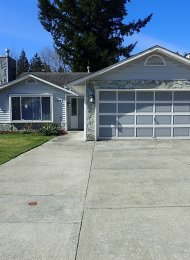Unfurnished 3 Bedroom Rancher Style Family Home For Rent in Maple Ridge. 12145 - 207A Street, Maple Ridge, BC, Canada.