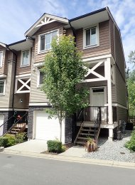 Cottonwood Ridge 3 Level Unfurnished 3 Bedroom Townhouse Rental in Maple Ridge. 74 - 11252 Cottonwood Drive, Maple Ridge, BC, Canada.