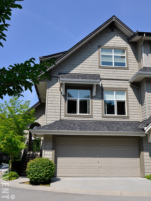 4 bedroom townhomes for rent wedgewood townhouse rental 717 premier st vancouver 18010