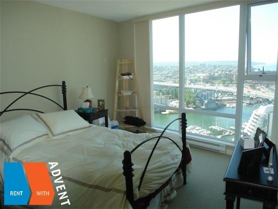 Park west 2 bedroom apartment rental yaletown vancouver advent for Two bedroom apartment vancouver