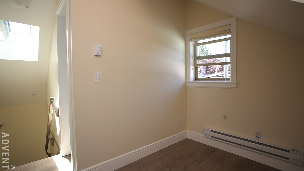 Grandview Laneway House Rental 3222 East 5th Ave Vancouver: ADVENT