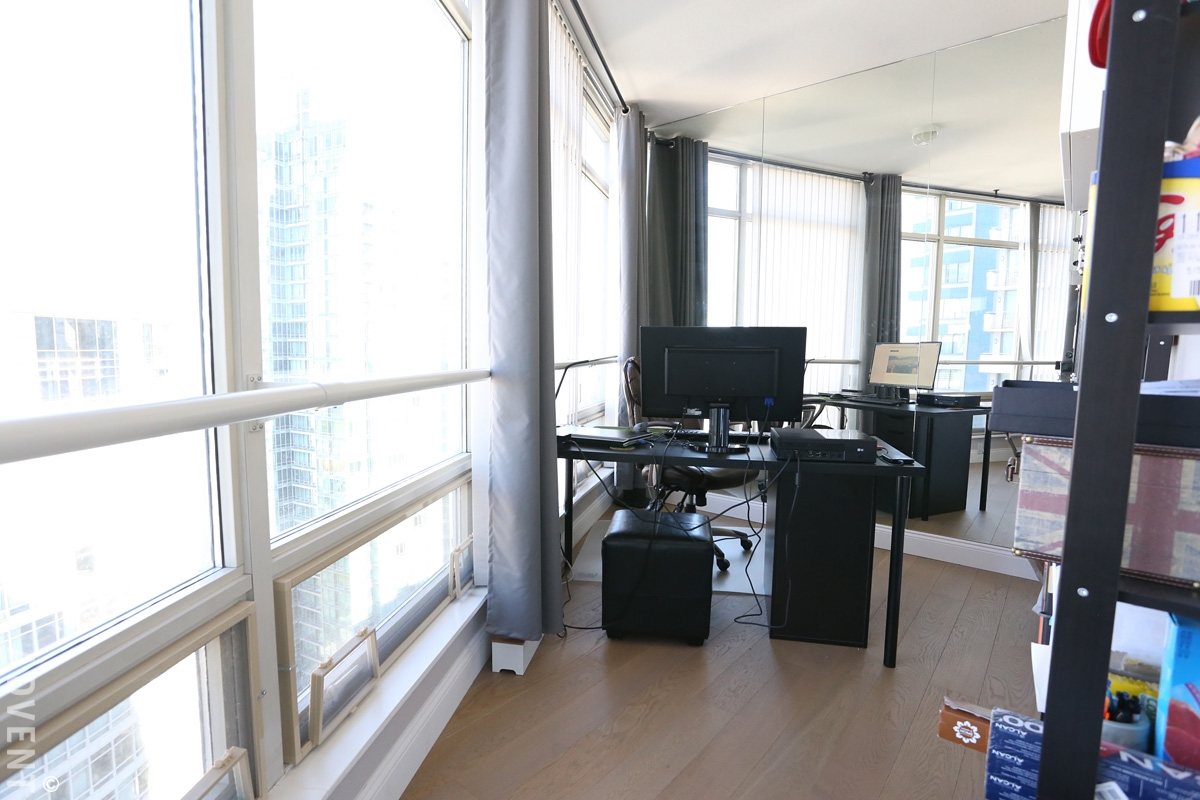 Pacific palisades apartment rental 2402 1200 alberni st vancouver advent for Two bedroom apartment vancouver