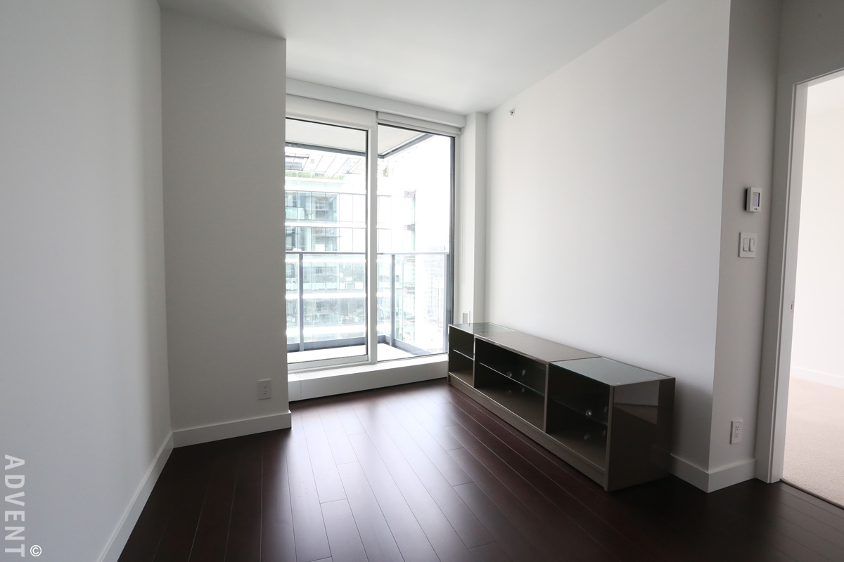 Telus garden 1 bedroom apartment rental downtown vancouver - Bus from port authority to jersey gardens ...