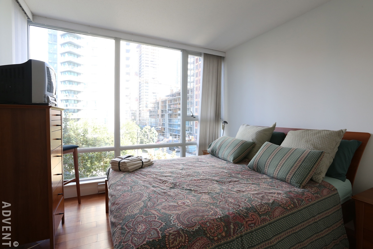 Azura furnished 1 bedroom apartment rental yaletown - One bedroom apartments vancouver ...