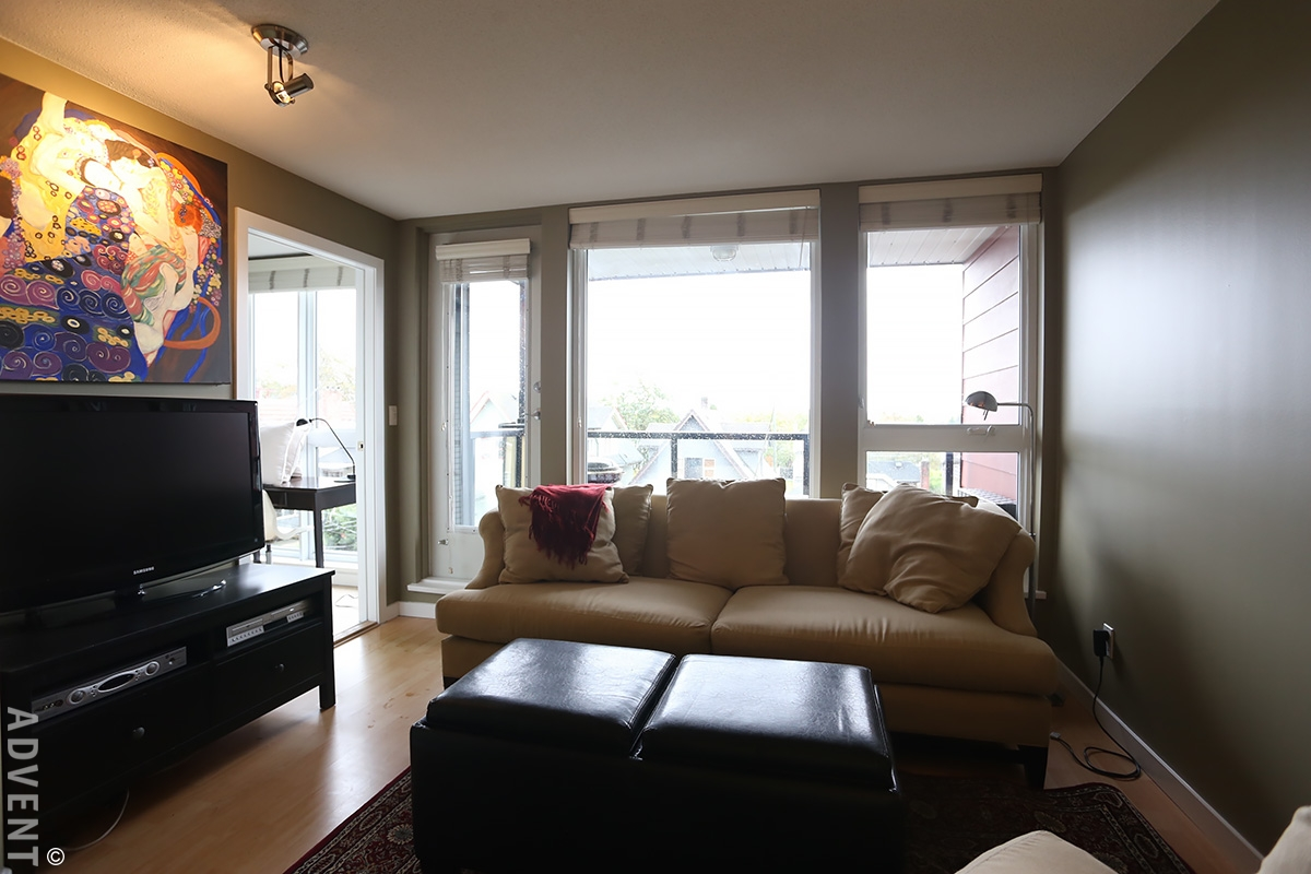 Sugar furnished apartment rental 403 2636 hastings st for Furnished room
