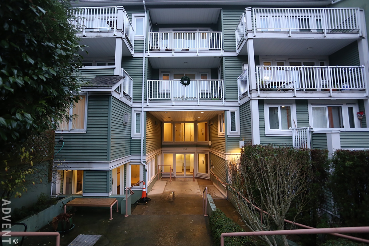 Villas Pacifica Apartment Rental 11-1949 West 8th Ave ...