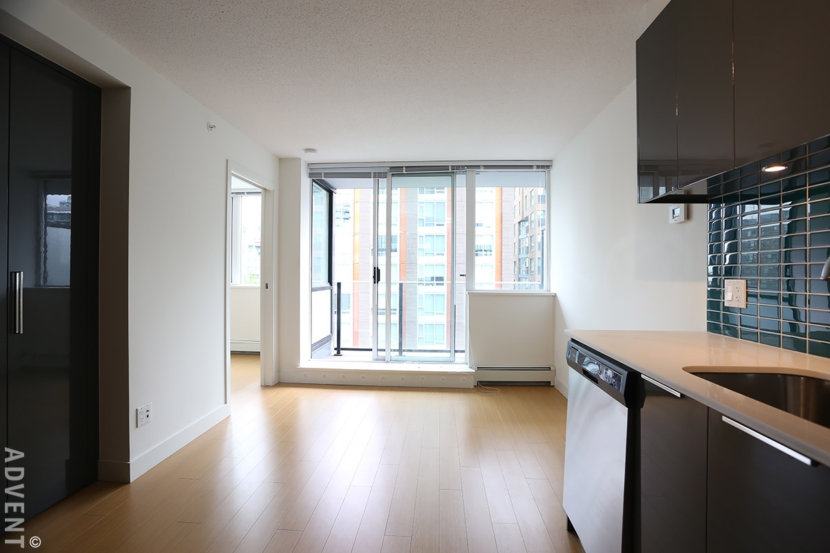 The Rolston 1 Bedroom Apartment Rental With City Views In Downtown Vancouver 713 1325
