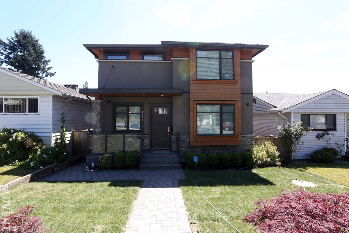 Unfurnished 3 Bedroom House For Rent In Victoria In East Vancouver. 1686  East 56th Avenue