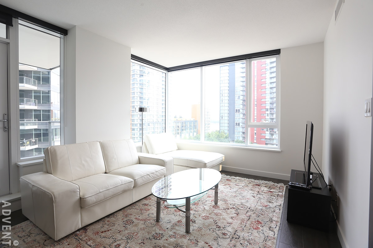 One pacific furnished apartment rental 708 68 smithe st vancouver advent for Two bedroom apartment vancouver