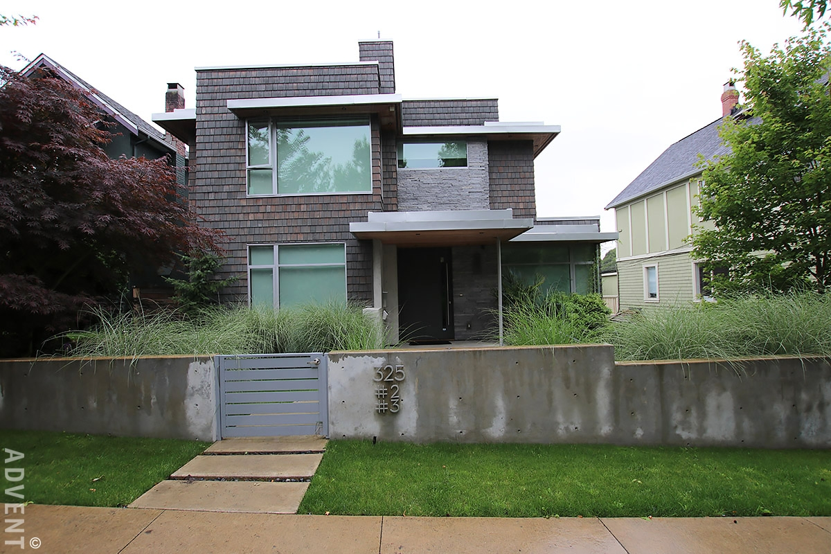 Mount Pleasant Laneway House Rental 325 East 18th Ave ...