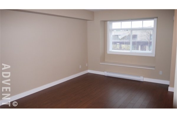 2 Bedroom Townhouse Rental at Kingsgate Gardens in Edmonds, Burnaby. 31 - 7428 14th Avenue, Burnaby, BC, Canada.