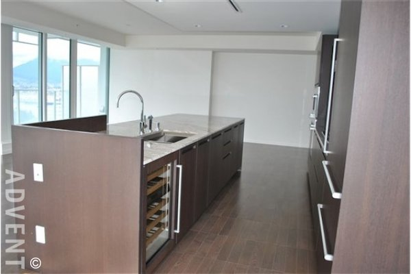 Fairmont Pacific Rim Estates Luxury Apartment For Rent in Coal Harbour. 4405 - 1011 West Cordova Street, Vancouver, BC, Canada.