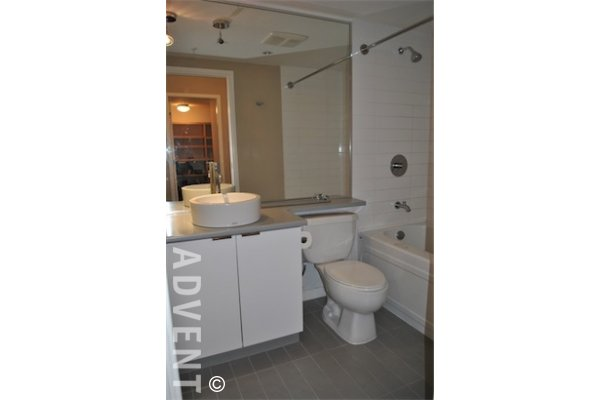 TV Towers 1 Bedroom Apartment Rental Downtown Vancouver: ADVENT