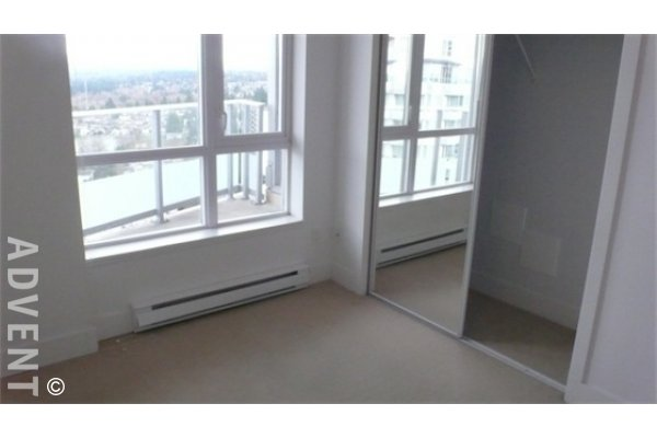 Centrepoint Mountain View 1 Bedroom Apartment For Rent in Metrotown, Burnaby. 2203 - 4808 Hazel Street, Burnaby, BC, Canada.