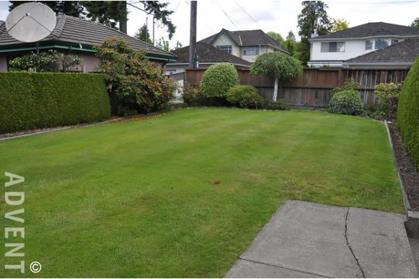 6 Bedroom Unfurnished House Rental in Dunbar, Westside Vancouver. 2993 West 36th Avenue, Vancouver, BC, Canada.