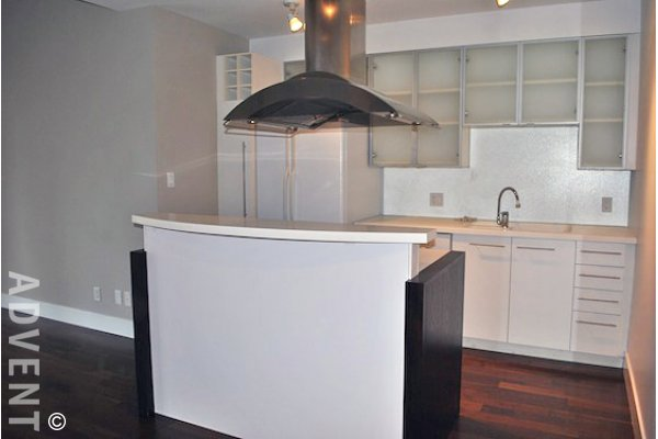 Alda Unfurnished 2 Bedroom Luxury Apartment For Rent in Yaletown, Vancouver. 605 - 1275 Hamilton Street, Vancouver, BC, Canada.