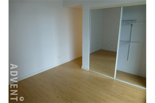 Governors Villas Unfurnished Apartment For Rent in Yaletown Vancouver. 802 - 1318 Homer Street, Vancouver, BC, Canada.