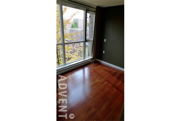 The Canadian Live / Work 2 Bedroom Townhouse For Rent in Downtown Vancouver. 885 Helmcken Street, Vancouver, BC, Canada.