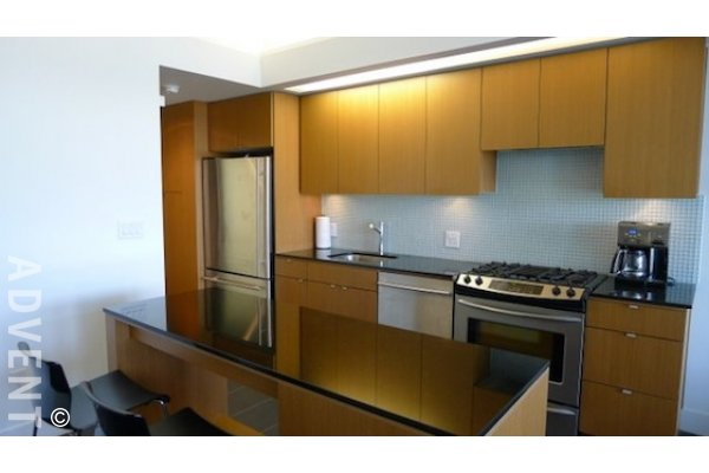 33 West Pender Unfurnished Loft For Rent in Gastown Vancouver. #704 - 33 West Pender Street, Vancouver, BC, Canada.