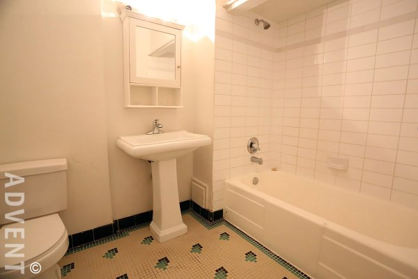 Devon Manor 2 Bedroom Apartment For Rent in Fairview, Westside Vancouver. 2 - 1255 West 12th Avenue, Vancouver, BC, Canada.